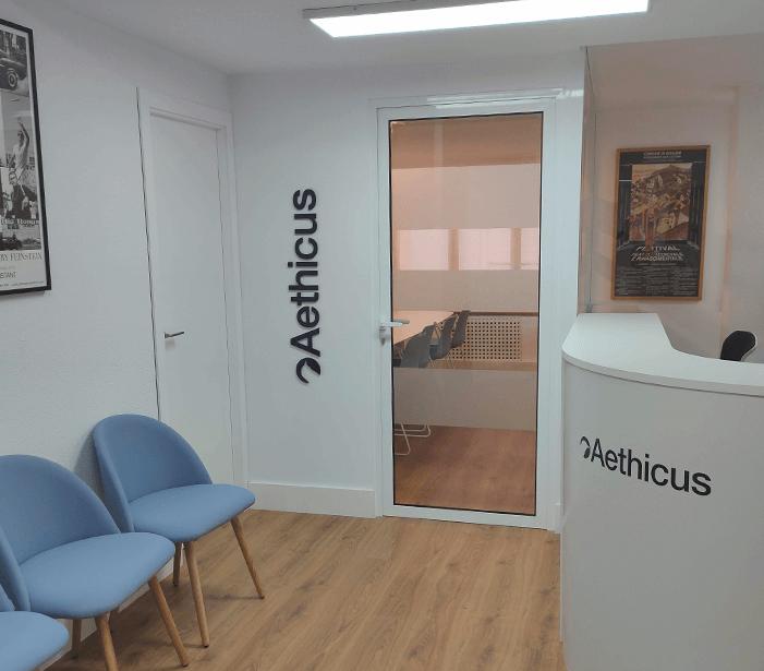 Mumarq Interiorismo y Arquitectura - Reforma Oficina Aethicus Murcia